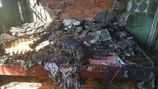 Nghi khách thuê phòng đốt nhà nghỉ rồi bỏ chạy ở Bình Phước - Ảnh 2