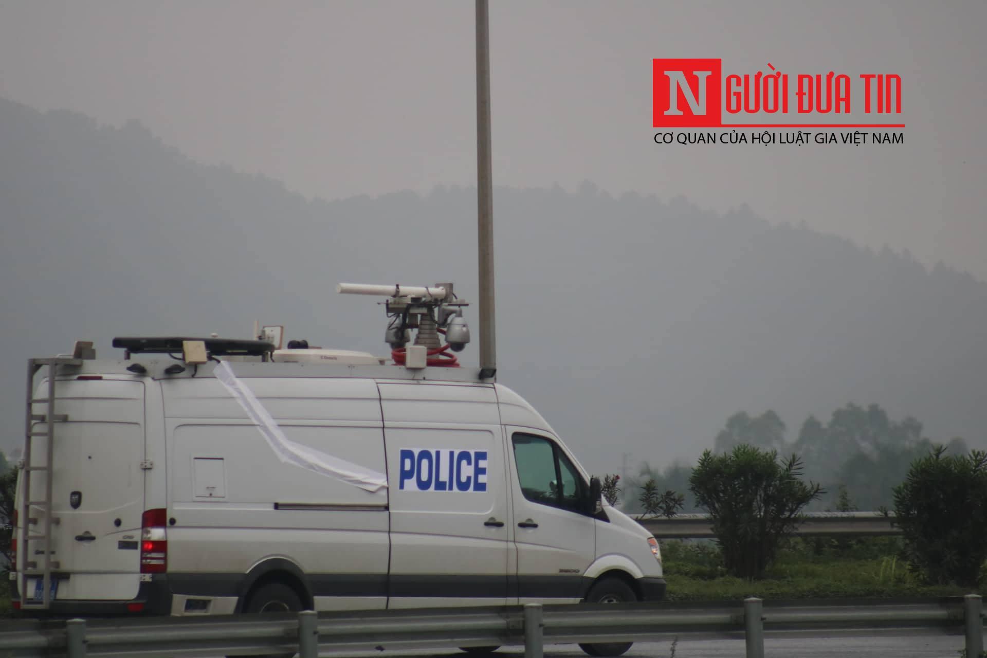[Trực tiếp] Cận cảnh lực lượng an ninh dày đặc quanh khách sạn nơi Chủ tịch Kim Jong-un vừa có mặt - Ảnh 7