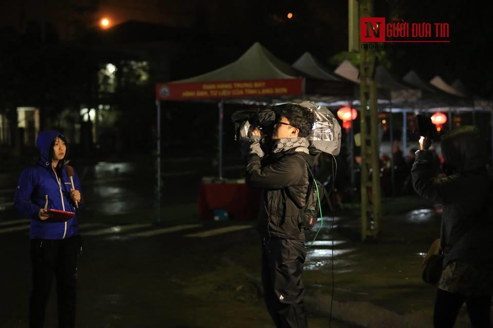 [Trực tiếp] Cận cảnh lực lượng an ninh dày đặc quanh khách sạn nơi Chủ tịch Kim Jong-un vừa có mặt - Ảnh 48