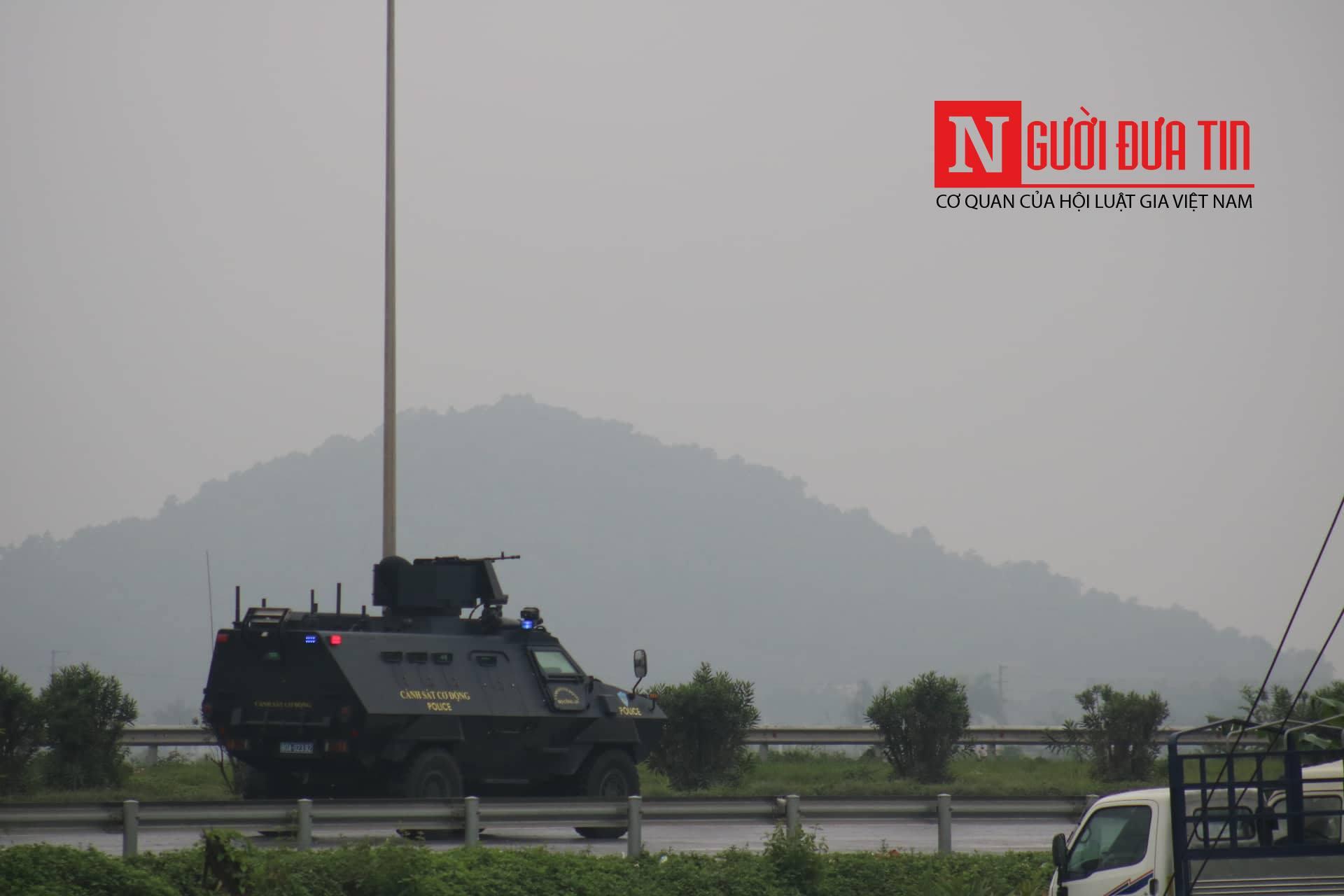 [Trực tiếp] Cận cảnh lực lượng an ninh dày đặc quanh khách sạn nơi Chủ tịch Kim Jong-un vừa có mặt - Ảnh 8