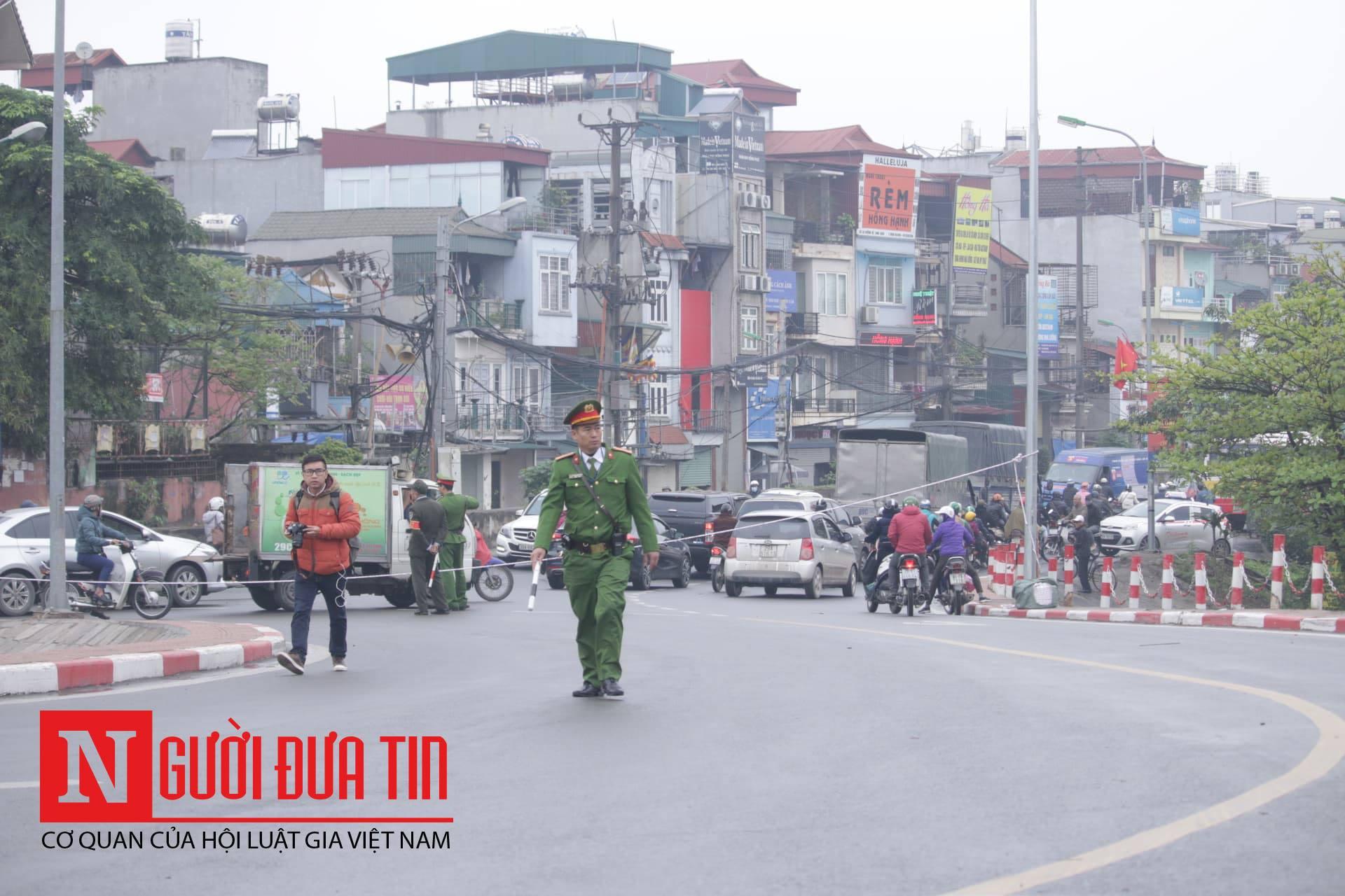 [Trực tiếp] Cận cảnh lực lượng an ninh dày đặc quanh khách sạn nơi Chủ tịch Kim Jong-un vừa có mặt - Ảnh 15