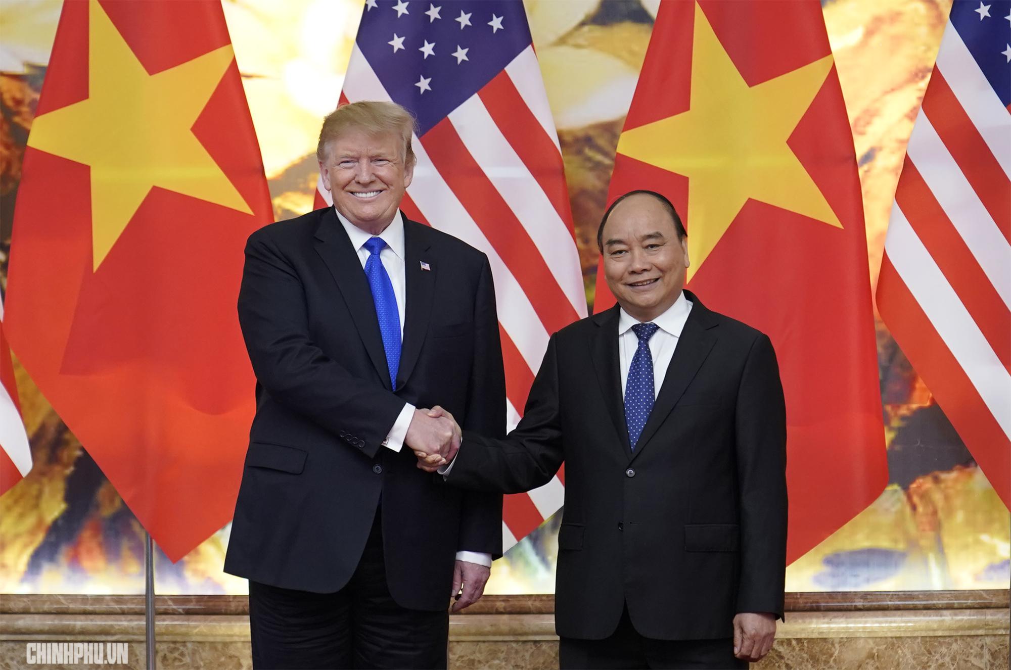 Thủ tướng Nguyễn Xuân Phúc đón Tổng thống Hoa Kỳ Donald Trump - Ảnh 8