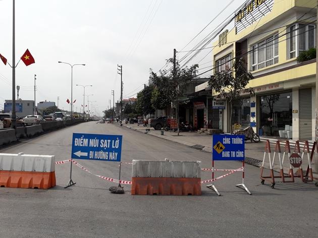 """""""Hố tử thần"""" bất ngờ xuất hiện ở Quảng Ninh - Ảnh 2"""