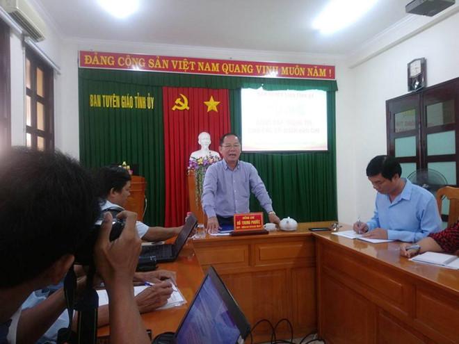 Vụ cô giáo bị chồng tố vào nhà nghỉ với nam sinh: Bình Thuận họp báo thông tin chính thức - Ảnh 1