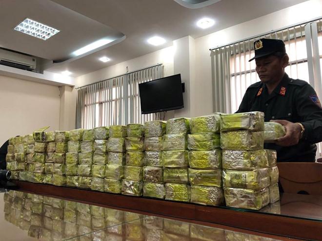 """Vụ triệt phá đường dây ma túy cực khủng xuyên quốc gia: Vỏ bọc hoàn hảo của """"ông trùm"""" người Trung Quốc - Ảnh 1"""