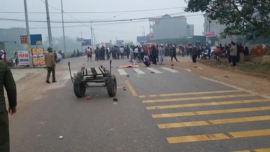 Vụ xe khách đâm đoàn đưa tang làm 7 người chết: Xe chạy với tốc độ 78 km/giờ - Ảnh 1