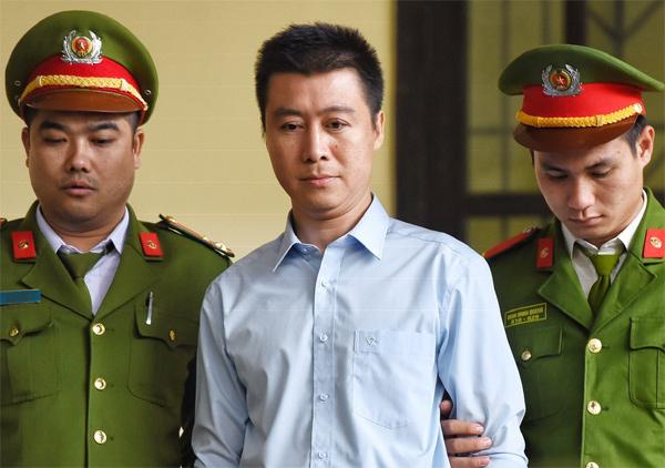 Vì sao Phan Sào Nam không được giảm án? - Ảnh 1