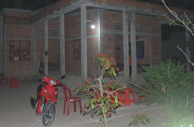 Nghi án vợ dùng kéo đâm chồng tử vong ở Tiền Giang - Ảnh 1