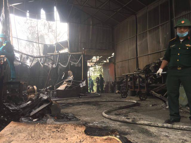 Vụ cháy 8 người chết, mất tích ở Hà Nội: Danh tính 3 mẹ con tử vong - Ảnh 1
