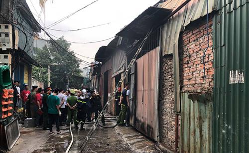 Hiện trường kinh hoàng vụ cháy nhà xưởng 8 người chết và mất tích ở Hà Nội - Ảnh 5