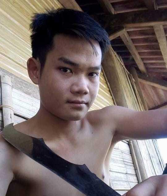 Anh trai nghi sát hại em gái 15 tuổi ở Điện Biên lẩn trốn ở nghĩa trang, ăn lá ngón tự tử - Ảnh 1