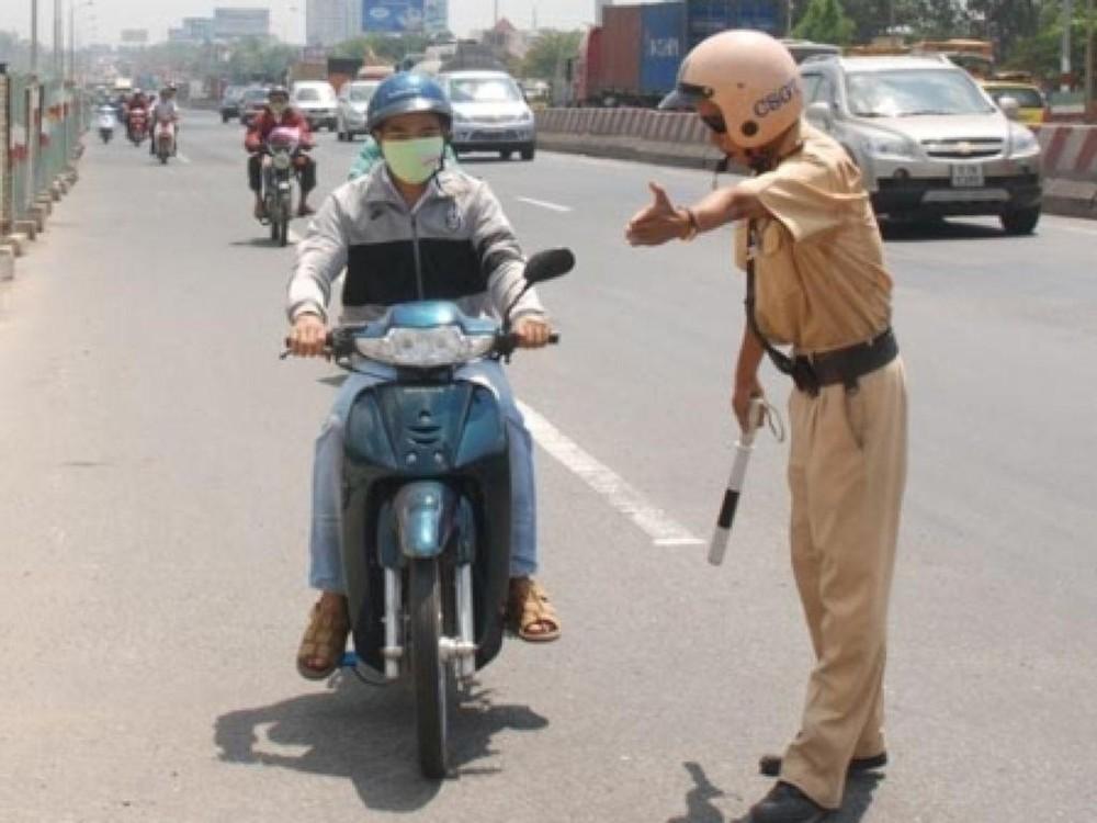 Không vi phạm giao thông, tài xế có bị CSGT giữ lại kiểm tra nồng độ cồn? - Ảnh 1