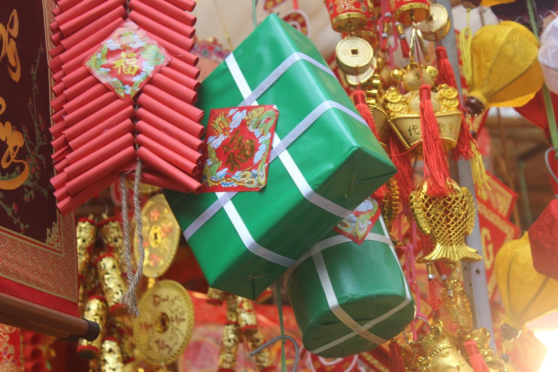 Người dân nô nức ghé thăm phiên chợ hoa Tết lâu đời nhất Hà Nội trong ngày rét ngọt  - Ảnh 10