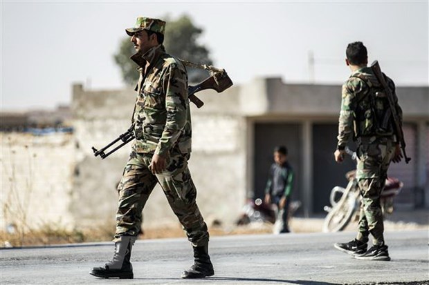 600 tay súng phiến quân tấn công khiến 40 binh lính Syria thiệt mạng - Ảnh 1