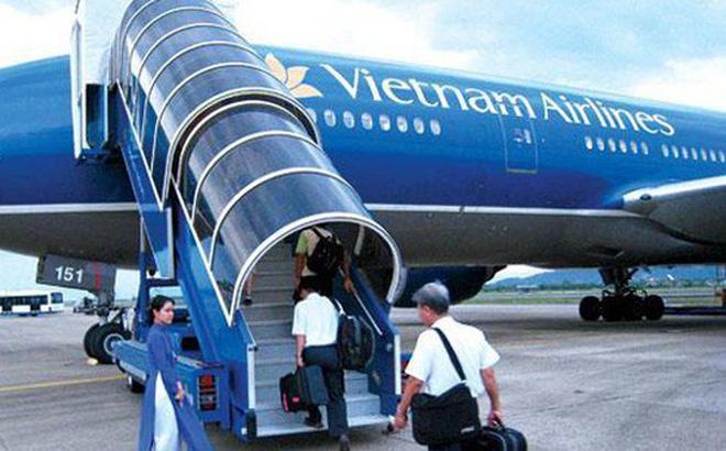 Nữ tiếp viên Vietnam Airlines bị kiểm tra vì lưu trữ hàng hóa chưa rõ nguồn gốc - Ảnh 1