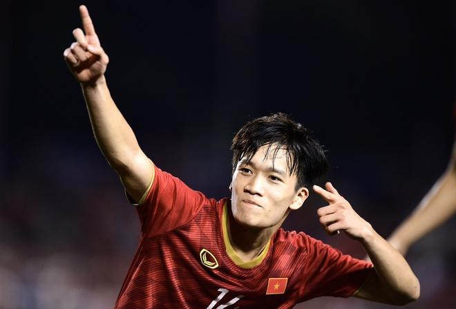 Ngoài Quang Hải, những cầu thủ Việt Nam sáng giá nào được người hâm mộ kỳ vọng tỏa sáng năm 2020? - Ảnh 3