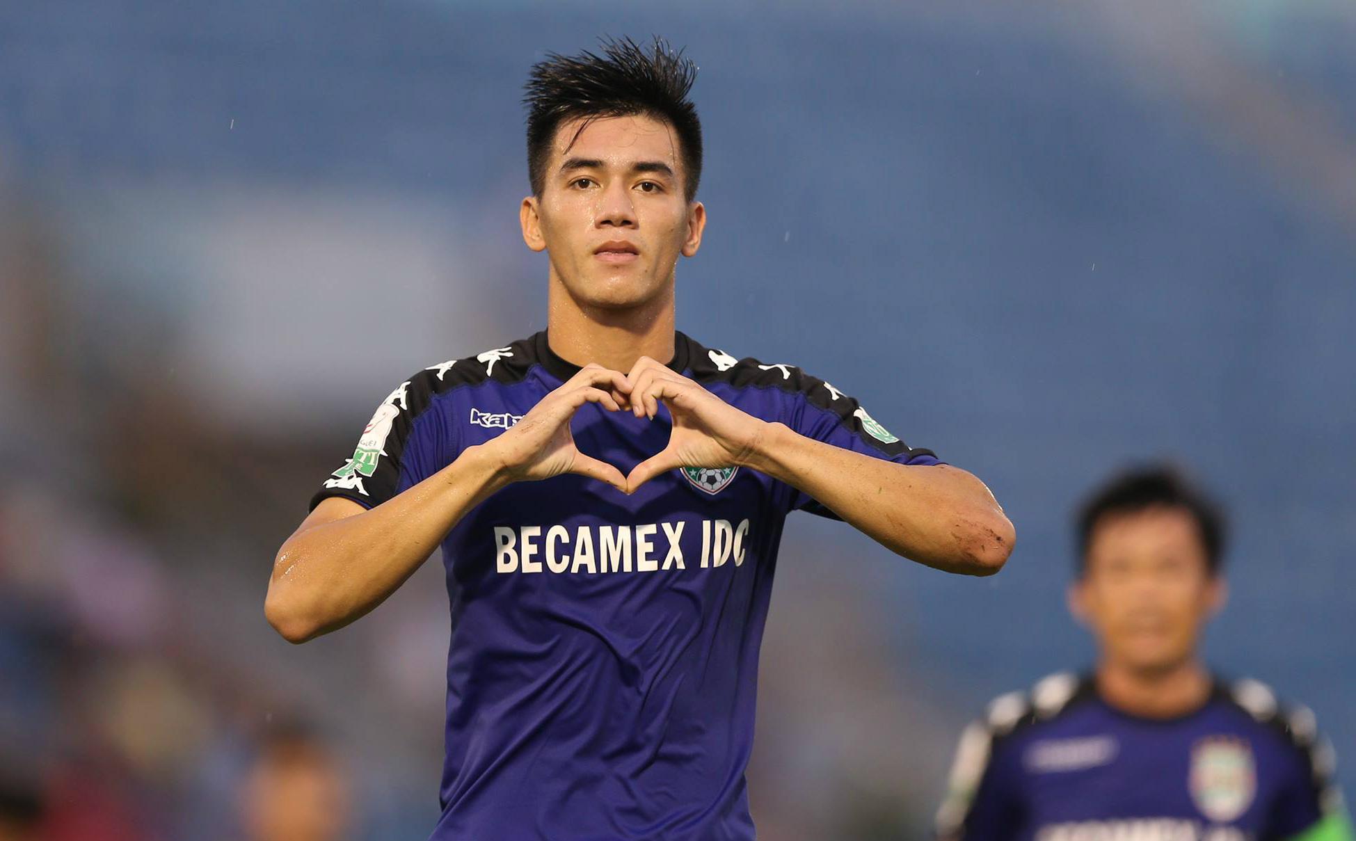 Ngoài Quang Hải, những cầu thủ Việt Nam sáng giá nào được người hâm mộ kỳ vọng tỏa sáng năm 2020? - Ảnh 4