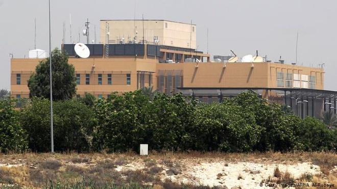 Tên lửa phóng trúng căn cứ Mỹ sau vụ án sát tướng Iran - Ảnh 1