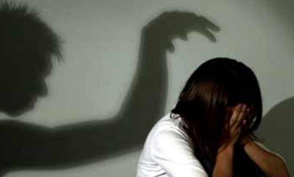 Yêu râu xanh ghé vào nhà dân bên đường xin nước, hiếp dâm thiếu nữ 15 tuổi - Ảnh 1