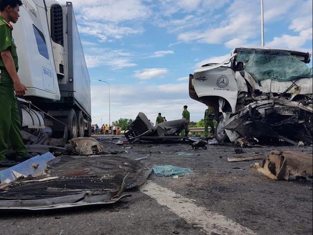 Nhìn lại những vụ tai nạn thương tâm nhất năm 2019 - Ảnh 4