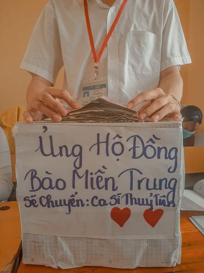 Học sinh, giáo viên cả nước ủng hộ sách vở cho trẻ em vùng lũ miền Trung - Ảnh 3