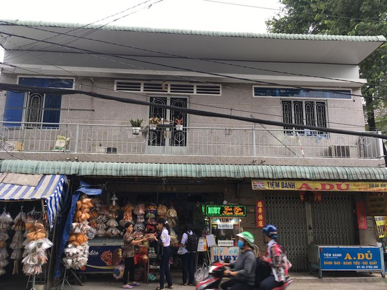 Vụ 3 cha con bỏng nặng trong căn nhà bốc cháy ở Hóc Môn: Xuất hiện tình tiết mới - Ảnh 1
