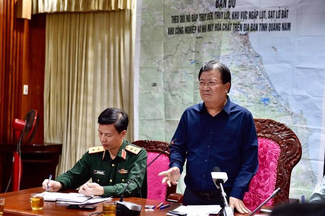 Sạt lở đất vùi lấp hơn 50 người ở Quảng Nam: Tìm thấy 7 thi thể - Ảnh 1