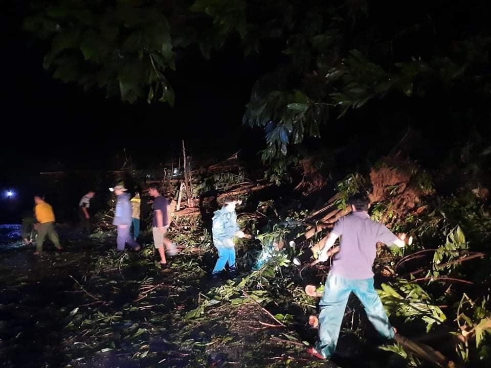 Vụ sạt lở kinh hoàng, vùi lấp hơn 50 người ở Quảng Nam: Tìm thấy 16 thi thể - Ảnh 1