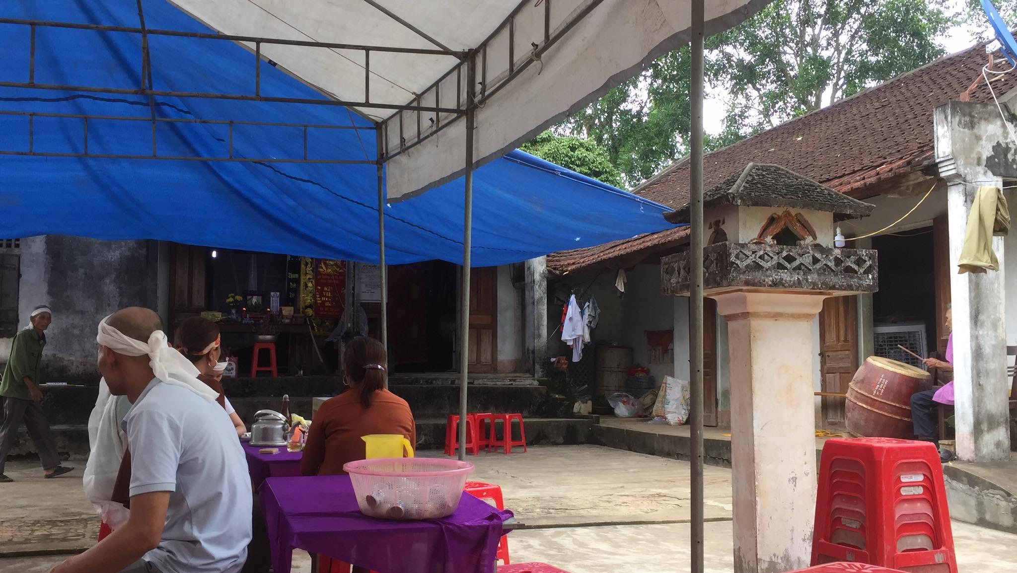 Vụ con trai 41 tuổi đâm mẹ tử vong rồi tự sát ở Nghệ An: Hai mẹ con thường xuyên cãi nhau - Ảnh 1