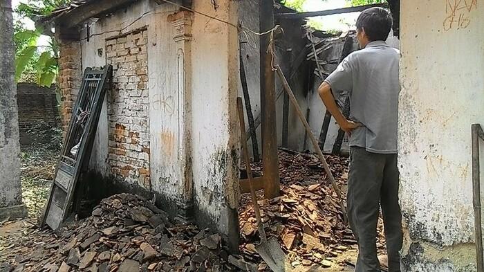 Vụ thi thể nam nhân viên ngân hàng cháy đen trong nhà hoang: Kết quả khám nghiệm tử thi - Ảnh 1