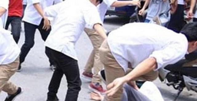 Điều tra nghi án nam sinh 18 tuổi bị nhóm bạn đánh tử vong ở Bình Phước - Ảnh 1