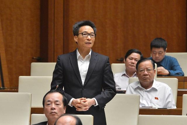 Phó Thủ tướng Vũ Đức Đam nói gì về việc cách chức Hiệu trưởng ĐH Tôn Đức Thắng? - Ảnh 1