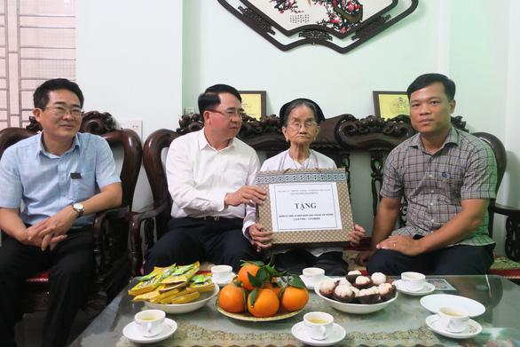 Hải Phòng chi 258 tỷ đồng tặng quà Tết Nguyên đán 2021 cho gia đình chính sách - Ảnh 1