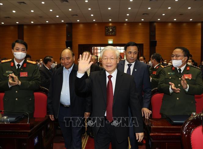 Tổng Bí thư, Chủ tịch nước Nguyễn Phú Trọng chủ trì Hội nghị toàn quốc tổng kết công tác phòng, chống tham nhũng giai đoạn 2013-2020 - Ảnh 3