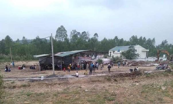Vụ thi thể cháy sém trong chòi ở Nghệ An: Nạn nhân là chủ nhiệm hợp tác xã - Ảnh 1
