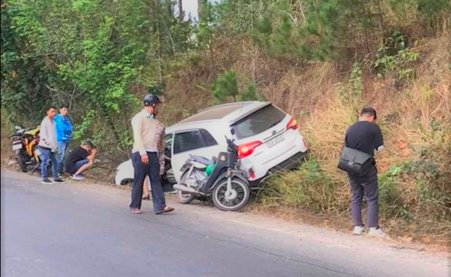 Vụ thai phụ tử vong trên đường đèo Mimosa, Đà Lạt: Tạm giam tài xế xe ô tô - Ảnh 1