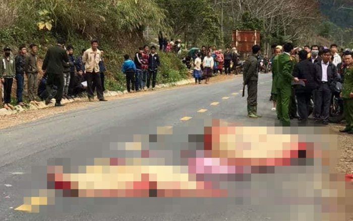 Xe khách đâm xe máy, 3 người trong một gia đình tử vong - Ảnh 2