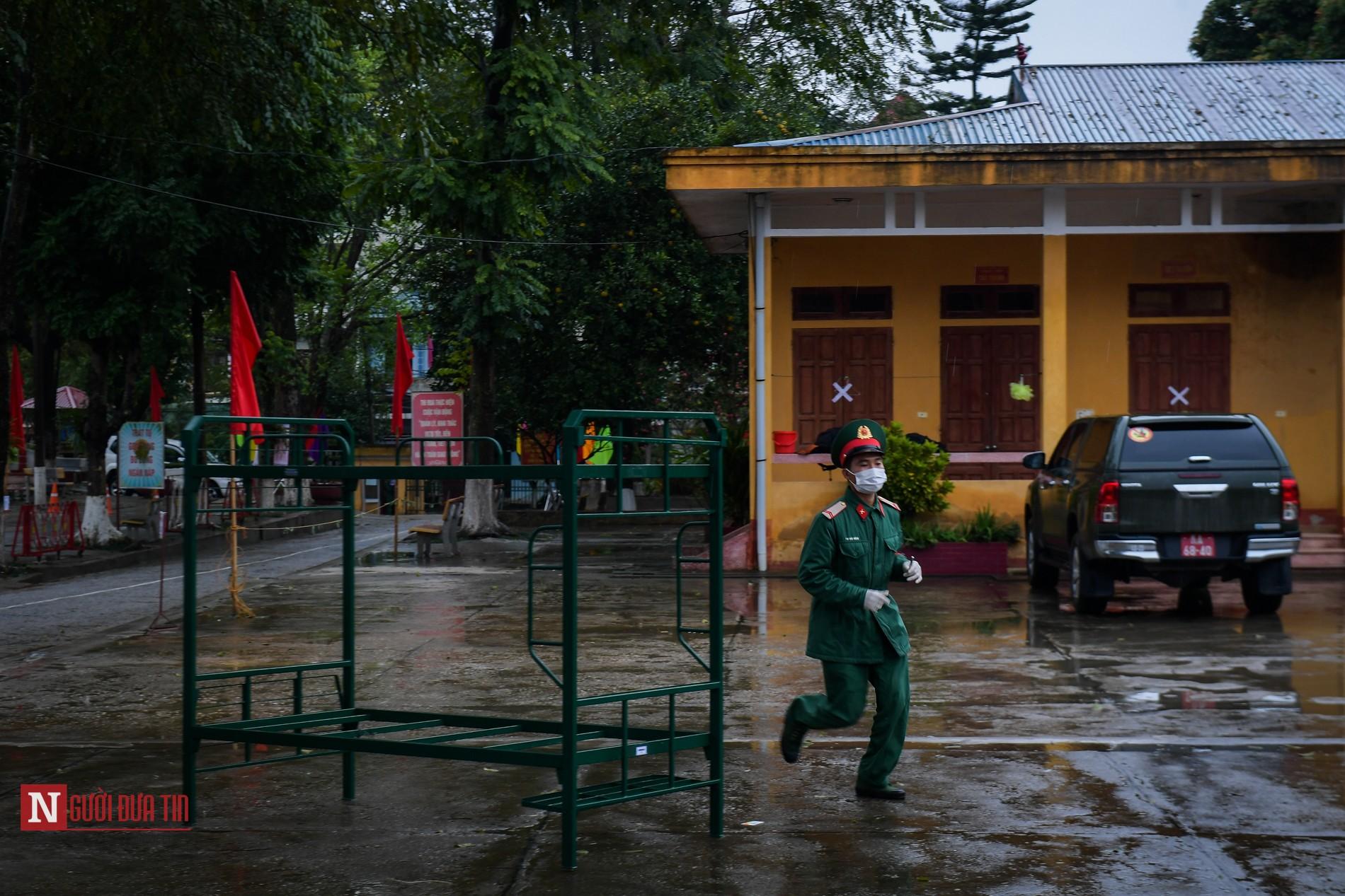 Bên trong khu vực cách ly công dân Việt Nam trở về từ Trung Quốc - Ảnh 10