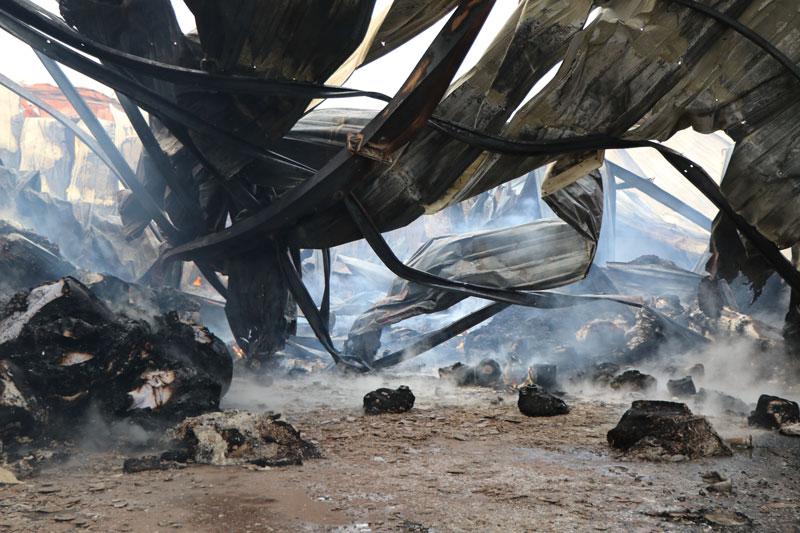 Cháy lớn tại nhà máy giấy ở Thái Nguyên, thiệt hại nhiểu tỷ đồng - Ảnh 2