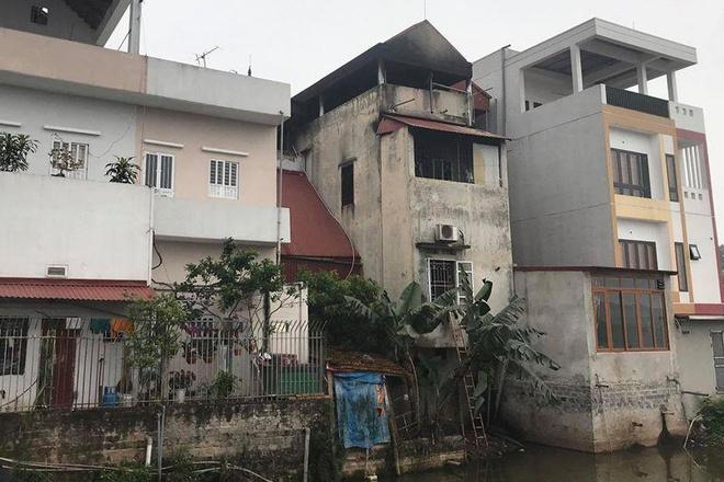 Hiện trường vụ cháy nhà lúc nửa đêm ở Hưng Yên, 3 người trong gia đình tử vong - Ảnh 2