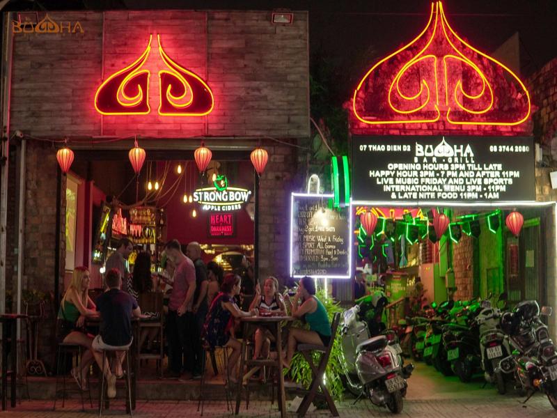 """Đề nghị không sử dụng hình ảnh tôn giáo tại """"quán bar Buddha"""" - Ảnh 1"""