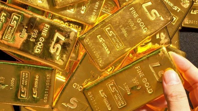 Giá vàng hôm nay 18/4/2020: Giá vàng SJC đứng mốc 48 triệu đồng/lượng - Ảnh 1
