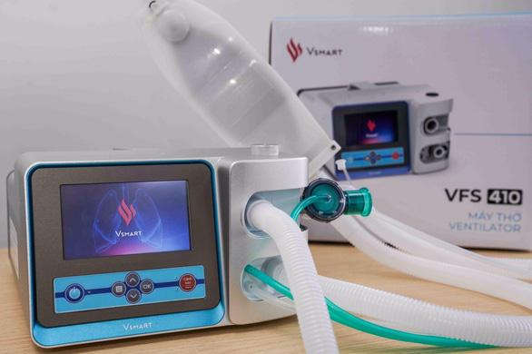 Vingroup sản xuất thành công 2 mẫu máy thở điều trị Covid-19 - Ảnh 1