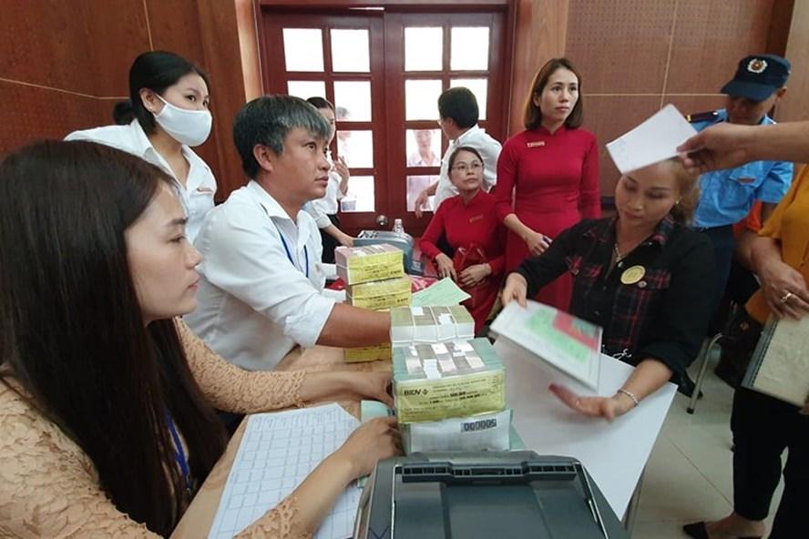 17 hộ dân nhận 70 tỷ tiền đền bù dự án sân bay Long Thành - Ảnh 1