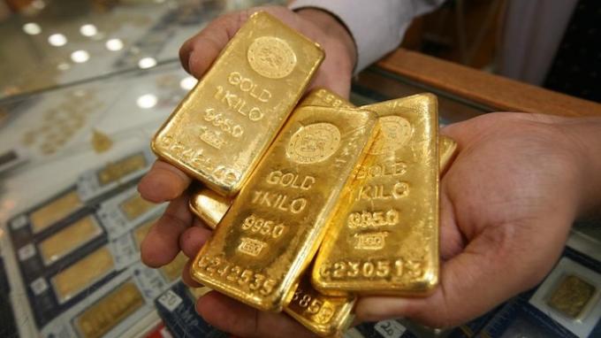 Giá vàng hôm nay 19/5/2020: Giá vàng SJC tăng tiếp 70.000 đồng, vượt mốc 49 triệu đồng/lượng - Ảnh 1