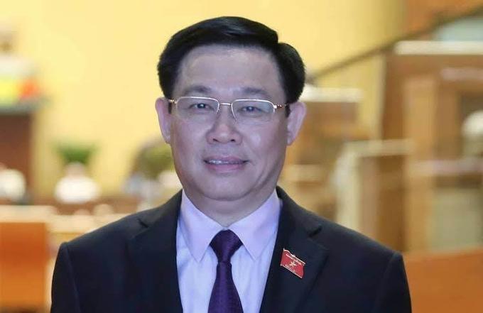 Quốc hội miễn nhiệm chức danh Phó thủ tướng Chính phủ với ông Vương Đình Huệ - Ảnh 1