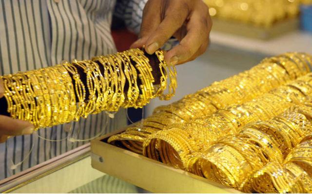 Giá vàng hôm nay 11/6/2020: Giá vàng SJC tiếp tục tăng, tiến sát mốc 49 triệu đồng/lượng - Ảnh 1