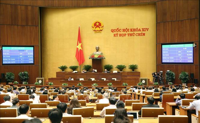 Thông qua Nghị quyết phê chuẩn danh sách Phó Chủ tịch và Ủy viên Hội đồng Bầu cử quốc gia - Ảnh 1