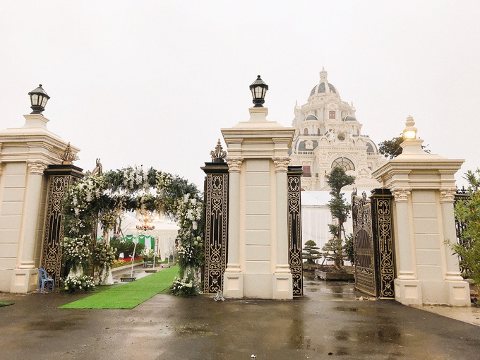 """Choáng ngợp với tòa """"lâu đài"""" 7 tầng, rộng 3 ha của """"đại gia sân golf"""" ở Nam Định - Ảnh 7"""