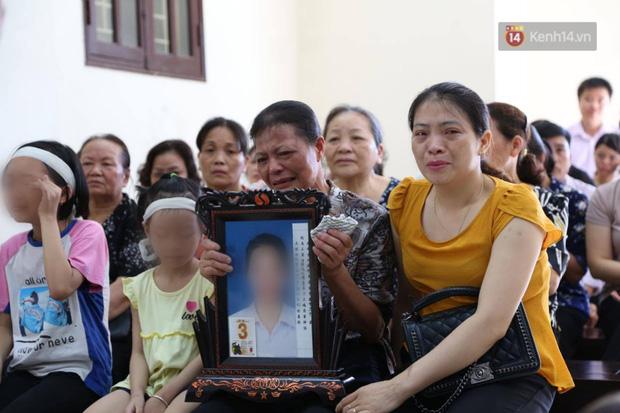 Cô gái đầu độc chị họ bằng trà sữa ở Thái Bình bất ngờ bị ốm trước phiên xét xử - Ảnh 1